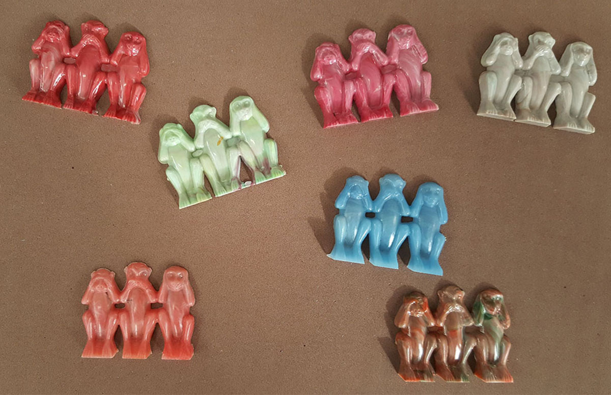1950s Cracker Jack hollow-back 3 wise monkeys figures