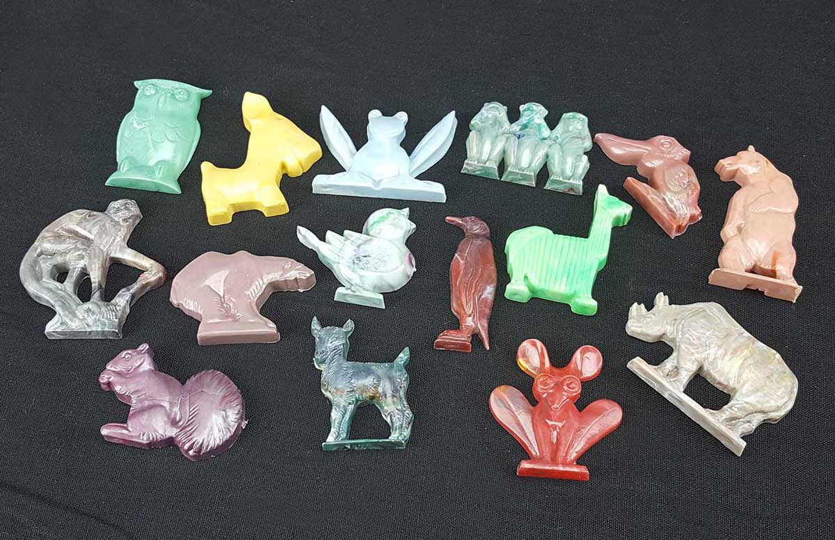 1950s Cracker Jack hollow-back animal figures